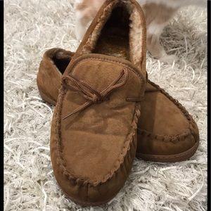 Lamo slippers size 12M❄️❄️❄️❄️❄️